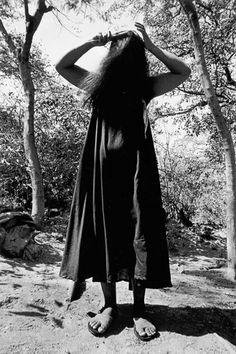 Graciela Iturbide - Juchitan En 1979, Graciela Iturbide realizó una serie de fotografías de la cultura zapoteca, de la cual surgió una publicación titulada Juchitán de las mujeres. Ésta es seguramente...