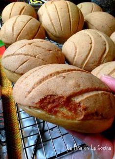 Two Easy Mexican Fish Recipes~Fresh Salsa! Chile Colorado, Mexican Bakery, Mexican Desserts, Mexican Recipes, Mexican Cookies, Mexican Dishes, Easy Desserts, Dessert Recipes, Pumpkin Bread