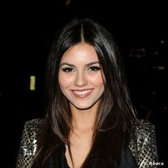 Victoria Crystal | Victoria Justice, son maquillage step by step