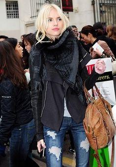 gucci scarf, street style, fashion, style