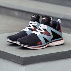 Men's & Women's Athletic Footwear & Athletic Apparel http://www.uksportsoutdoors.com/product/sunkaa-emana-mens-socks-running/