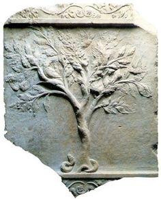 El Árbol de la Vida, en la Antigua Hispania, con el ave cósmica y la serpiente cósmica, saliendo de las raíces.