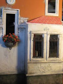 The following post is a quick update on what I have been making for my Venetian doll's house -  VILLA LEONE      PLANTS:      It's July al...