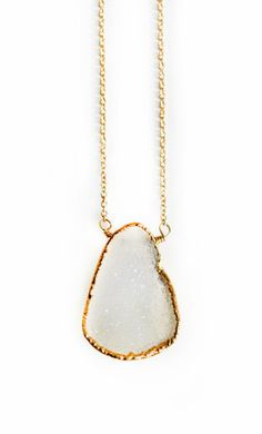 DRUZY necklace - white quartz