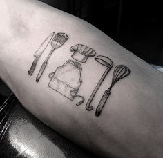 http://www.tattooesque.com/tools-you-need-to-cook-tattoo-by-oozy/