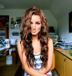 Her hair! triple barrel curling iron red hair style for summer