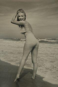 Marilyn Monroe   1949 photograph by Andre de Dienes   Kirsten Levisen   Flickr