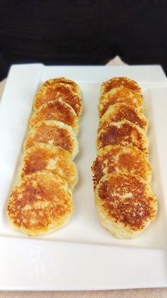 Papanași low-carb cu făină mix de fibre fără carbohidrați. Dukan Diet, Gluten Free, Fără Gluten, Lchf, Healthy Recipes, Healthy Food, Sausage, Deserts, Fiber