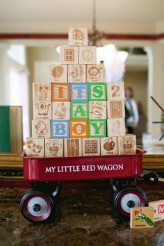 Use letter blocks for centerpieces Polo Baby Shower, Fiesta Baby Shower, Boy Baby Shower Themes, Baby Shower Fun, Shower Party, Baby Shower Parties, Vintage Baby Boys, Vintage Toys, Retro Baby Showers