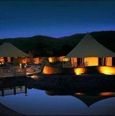 Luxury Hotels That Make For Stunning & SAFE Honeymoon Destinations In India - Witty Vows Honeymoon Essentials, Honeymoon Destinations, Luxury Tents, Luxury Hotels, Open Baths, Umaid Bhawan Palace, Kovalam, Diy Mugs, Wildlife Safari