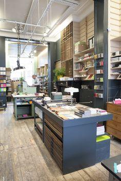 Le Typographe - Brussels - pens&notebooks&printwork