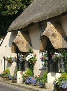 ♔ English cottage
