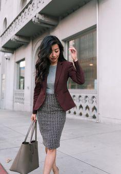 work outfit inspiration // burgundy blazer - Outfits for Work - Business Outfits for Work Spring Outfit Women, Spring Work Outfits, Stylish Work Outfits, Casual Work Outfits, Outfit Work, Office Wear Women Work Outfits, Chic Office Outfit, Office Chic, Office Attire