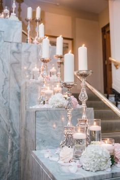 photo: Blush Wedding Photography; Elegant wedding ceremony idea