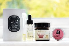 Sample Stash #14 - Petit Vour featuring MUN, Pelle Beauty, Earthbody & Rosemira Organics - NatuRia Beauty Beauty Review, Body Butter, Organic Beauty, Cleanser, Serum, Hair Care, Whipped Body Butter, Hair Care Tips, Hair Treatments