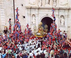 The Festivity of 'la Mare de Déu de la Salut' is celebrated in Algemesí in the Province of Valencia, Spain. Every 7 and 8 September almost 1,400 people participate in theatre, music, dance and performances organized in the historical areas of the city: Valencia, La Muntanya, Santa Barbara and La Capella. Processions run from the Basílica Menor de San Jaime to the Capella de la Troballa. The festivities commence with bell-ringing from the basilica followed by a parade.