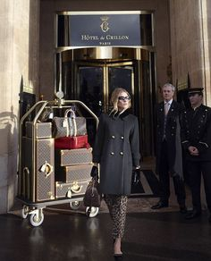 Check into the Hotel de Crillon of Paris with Dree Hemingway and the Louis Vuitton Pre-Fall 2013 Collection. Now this will be my dolly in the future, full of Louis Vuitton from top to bottom Louis Vuitton Agenda, Louis Vuitton Shoes, Louis Vuitton Handbags, Lv Handbags, Luxury Lifestyle Women, Rich Lifestyle, Photography Tattoo, Silver Linings, Dree Hemingway