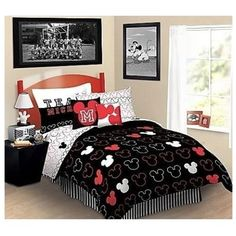 nEw 5pc MICKEY MOUSE Love REVERSIBLE TWIN BEDDING SET - Disney Comforter Sheets