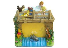 China OEM Winnie The Pooh Resin Photo Frame Manufacturer