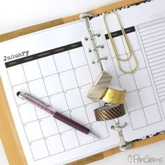Free Planner Printables - A5 Simple Theme. Six layouts for 2015! Day on one page, week on two pages, month on two pages, quarter on one page, year on one page, and month cards.