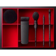 Ugh! I need this NARS Kabuki Brush Set in my life! Why does it cost so much :(