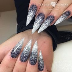 @baggesnaglar #stilettosuicide #nailporn #stilettonails