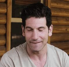 Jon Bernthal Punisher, Frank Castle Punisher, Marvel Series, Adam Driver, Film Serie, Daredevil, Man Crush, Woman Quotes, Cute Guys