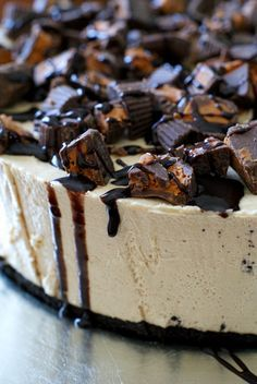 Peanut Butter Cup Overload No-Bake Cheesecake | thetwobiteclub.com