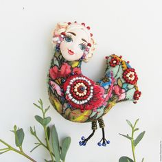 Брошки Сирин (подборка) / Украшения и бижутерия / ВТОРАЯ УЛИЦА Bead Embroidery Jewelry, Beaded Embroidery, Mosaic Animals, Embroidered Bird, Baubles And Beads, Bird Sculpture, Beaded Brooch, Embroidery Fashion, Clay Crafts