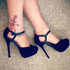 Ankle Tattoos That Look GREAT In A Nice Pair Of Shoes!