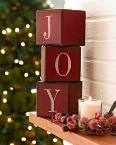 25 Gorgeous DIY Christmas Crafts Wooden Ideas – Christmas World Primitive Christmas, Wooden Christmas Crafts, Wooden Christmas Decorations, Christmas Blocks, Christmas Signs, Christmas Projects, Christmas Home, Holiday Crafts, Christmas Holidays