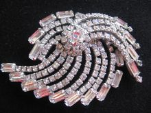 Stunning Large Comet Clear Rhinestone Pin Brooch