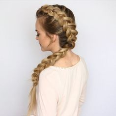 Dutch Mohawk Braid 🎥 Definitely one of my favorite braids for summertime ☀️ Watch the full length tutorial by clicking the link in my bio! #missysueblog