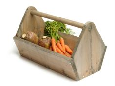 Rustic home and garden trug. The trug is great for harvesting homegrown produce or carrying and storing hand tools and bits and pieces of gardening equipment. it has a vintage toolbox design. #gardening #toolbox