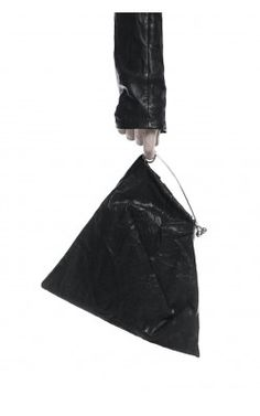 LEATHER HAIRPIN BAG