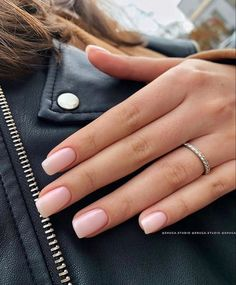35 Pretty nail art designs for any occasion - Wedding hairstyles Elegant Nails, Classy Nails, Stylish Nails, Simple Nails, Cute Nails, Casual Nails, Fancy Nails Designs, Nail Art Designs, Pink Nails