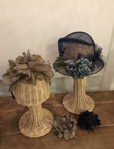 Katherine Elizabeth, Millinery Hats, Flower Headpiece, Outfits With Hats, Derby Hats, Corsage, Silk Flowers, Crown, Store