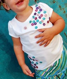 DIY kids shirt buttons crafts by lea