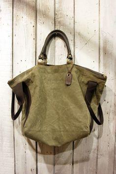 FRANCESCAfantastica borsa in tessuto militare di LaSellerieLimited Tessili f9752bf39df