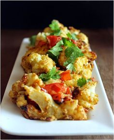 Oven roasted cauliflower with tahini and veggies Oven Roasted Cauliflower, Tahini, I Foods, Healthy Recipes, Healthy Food, Food And Drink, Gluten Free, Vegetables, Ethnic Recipes