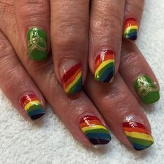 In seek out some nail designs and ideas for the nails? Here's our list of 27 must-try coffin acrylic nails for trendy women. Saint Patrick, Acrylic Nail Designs, Acrylic Nails, Black Coffin Nails, Glamour Nails, Instagram Nails, Nail Art, Holiday Nails, Celtic Knot