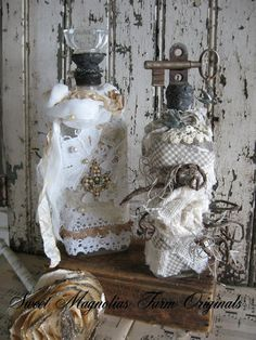 I want to make a wine bottle carrier kinda like these...I love the shabby look
