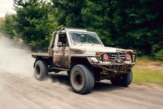 Toyota Trucks, Gm Trucks, Cool Trucks, Chevy Trucks, Jeep Pickup Truck, Classic Pickup Trucks, Land Cruiser 70 Series, Land Cruiser 200, Landcruiser Ute