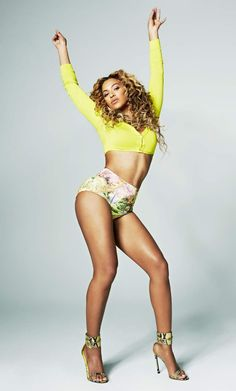 Beyonce Knowles is a singer and actress known as former lead singer of Destiny's Child, Austin Powers, Cadillac Records, Doctor Strange and Dreamgirls. Beyonce Body, Beyonce Style, Beyonce Makeup, Beyonce Knowles Carter, Beyonce And Jay Z, Solange Knowles, Divas, King B, Estilo Beyonce