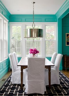 House of Turquoise: Jamie Salomon  + Olson Lewis Architects | turquoise dining room