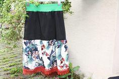 Stufenröcke - Rock schwarz grün Spitze cosplay Blumen braun - ein Designerstück von trixies-zauberhafte-Welten bei DaWanda