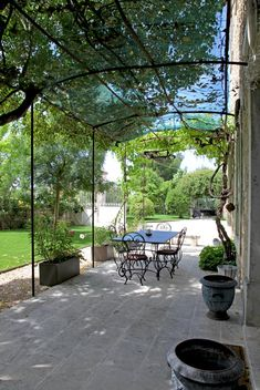 Tina Motta While early inside thought, the particular pergola has become encountering a bit of Metal Pergola, Outdoor Pergola, Pergola Plans, Pergola Kits, Outdoor Decor, Pergola Ideas, Gazebos, Rooftop Garden, Patio Roof
