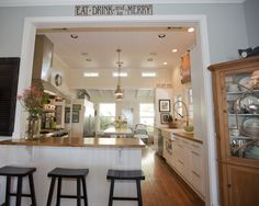 Kitchen Pass Through To Dining Room Design, Pictures, Remodel, Decor and Ideas - page 9