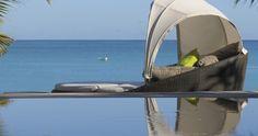 Geht es noch besser - ein Pool mit Blick auf den Indischen Ozean im Royal Palm Mauritius