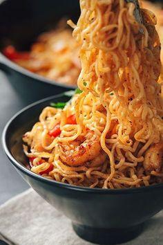 Sizzling Shrimp Fajita Stir-Fry thecozyapron.com